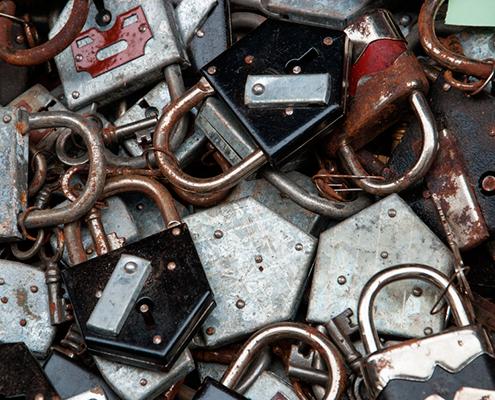 locks 495x400